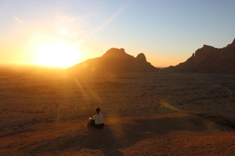 Touring Spitzkoppe in Namibia